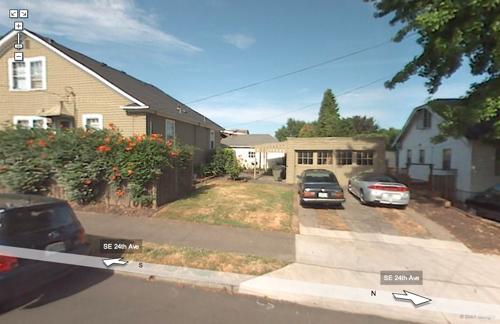 Street-View Google Pine St Portland Oregon 97214