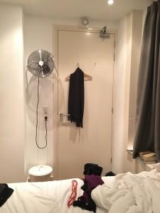 09-room